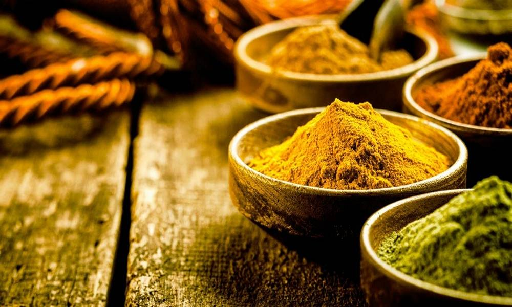 spices02-1000x600